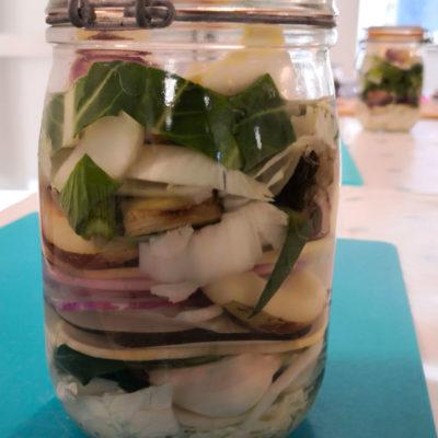 légumes en cours de fermentation